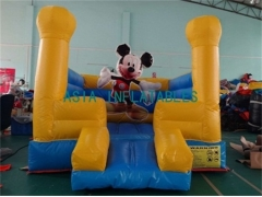 Mounkee jumper bouncer