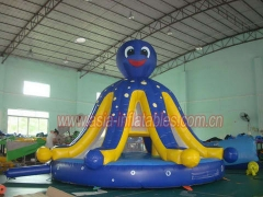 Bouncer inflable del pulpo