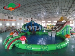 Diapositiva inflable del dinosaurio